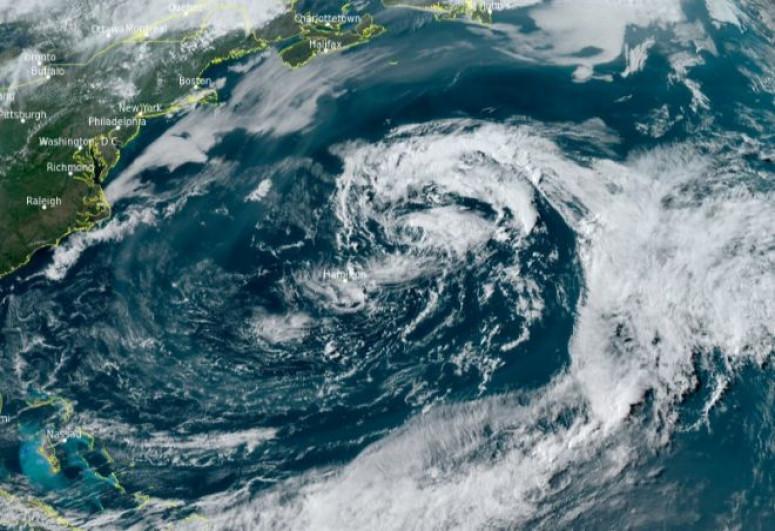 """Atlantik okeanında subtropik """"Ana"""" qasırğası meydana gəlib"""