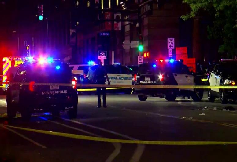 2 dead, 8 injured in Minneapolis shooting