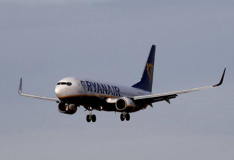 Ryanair flight lands in Vilnius after forced landing in Minsk