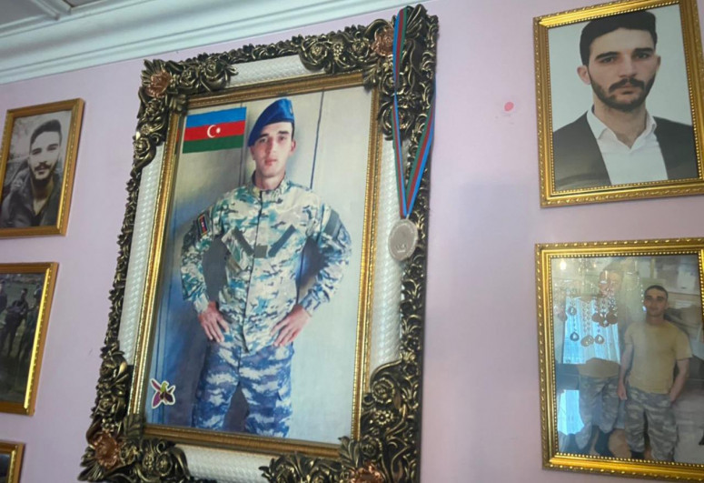 Qarabağ FC presented medal of martyr of Patriotic War to his family
