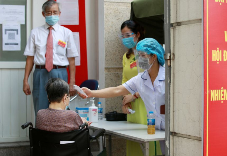 Vietnam expands lockdown curbs to contain Covid outbreak