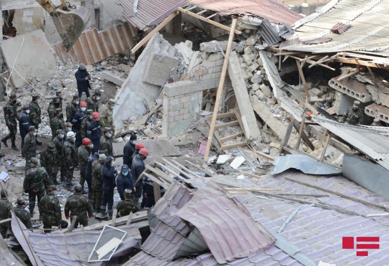 Жителям дома в Хырдалане, в котором произошел взрыв, выплачены деньги  на  аренду  жилья, объявлен тендер на строительство