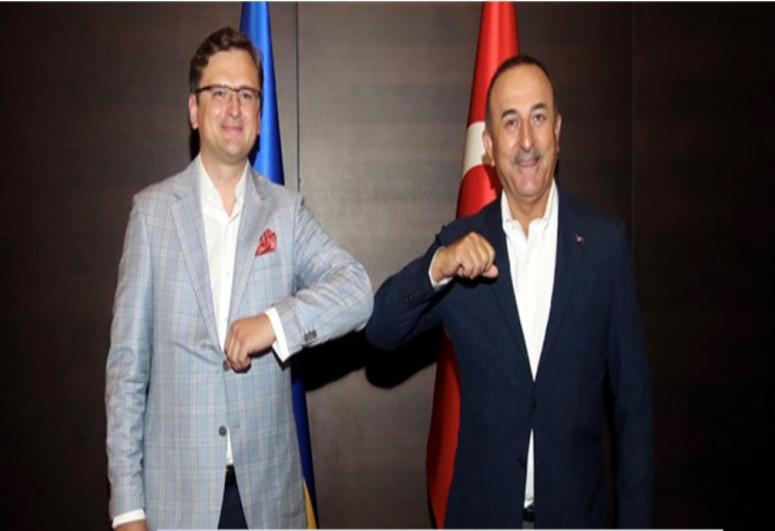 Состоялся телефонный разговор глав МИД Турции и Украины
