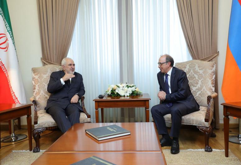Javad Zarif meets with Armenian FM