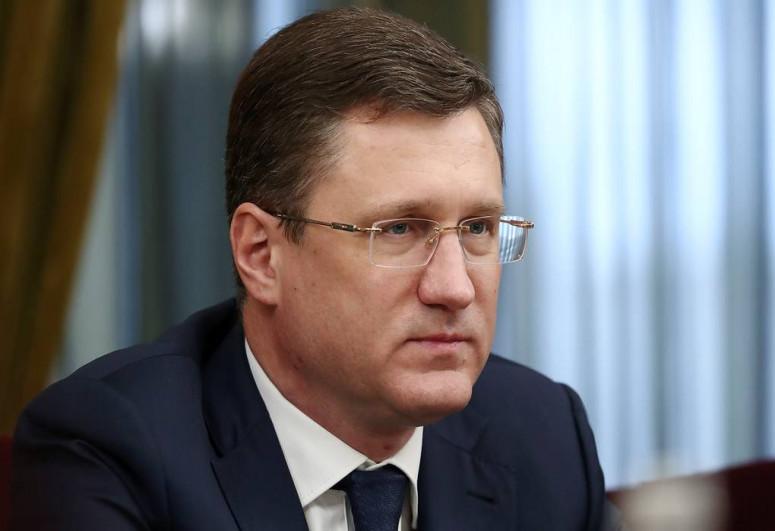 Global oil deficit seen at 1 million bpd, Russia's Novak says