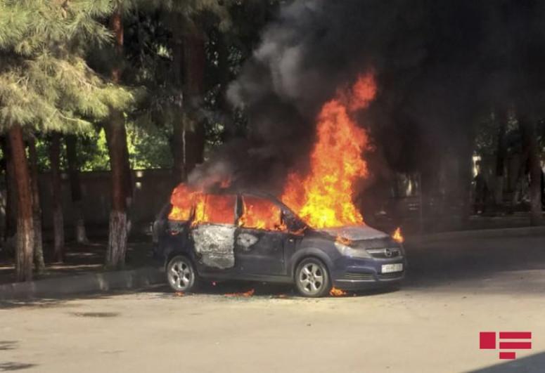 В Билясуваре сгорел автомобиль