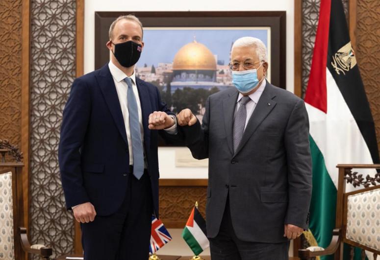 Britaniya XİN başçısı Mahmud Abbasla görüşüb