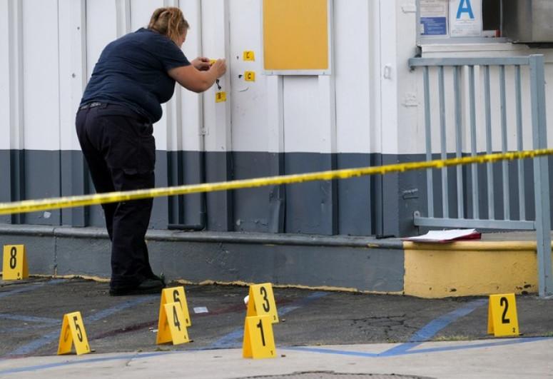"""Восемь человек погибли при стрельбе в США - <span class=""""red_color"""">ОБНОВЛЕНО"""