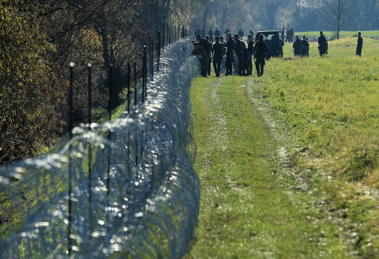 Romanian border police intercepts over 20 migrants trying to cross illegally into Schengen