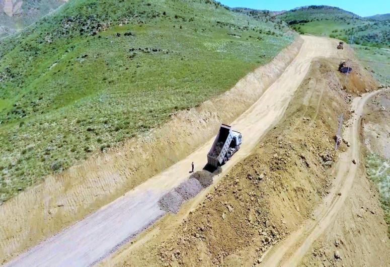 Ağstafada ümumi uzunluğu 37 km olan iki avtomobil yolu layihəsi icra olunur- FOTO