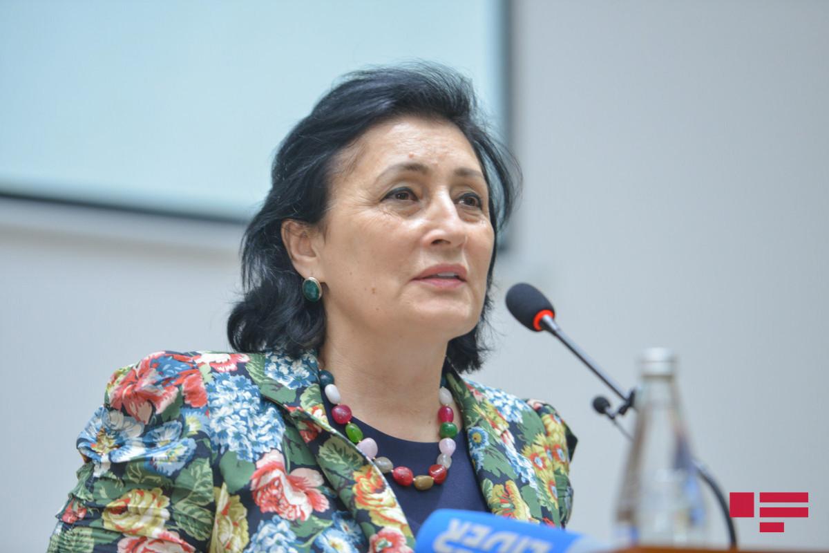 """Deputat: """"Sələmçilər və lombardlar camaatı bezdirib"""""""