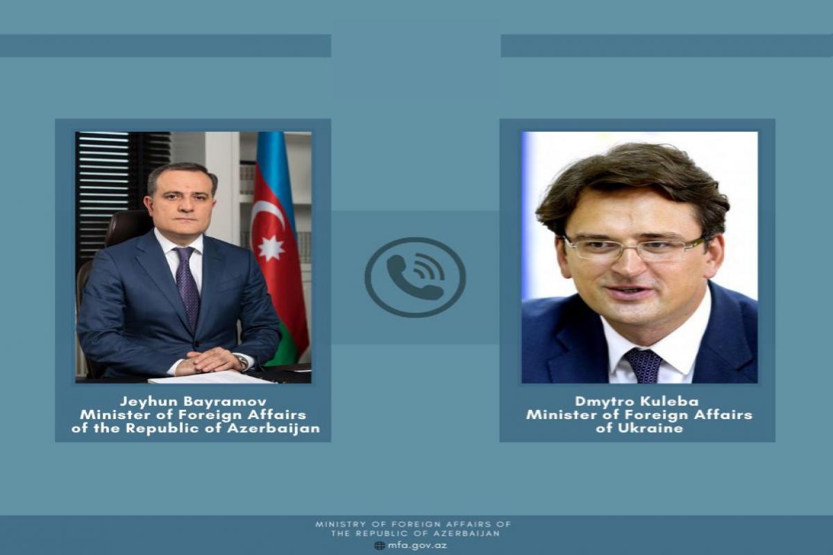 Azerbaijani and Ukrainian FMs held phone conversation