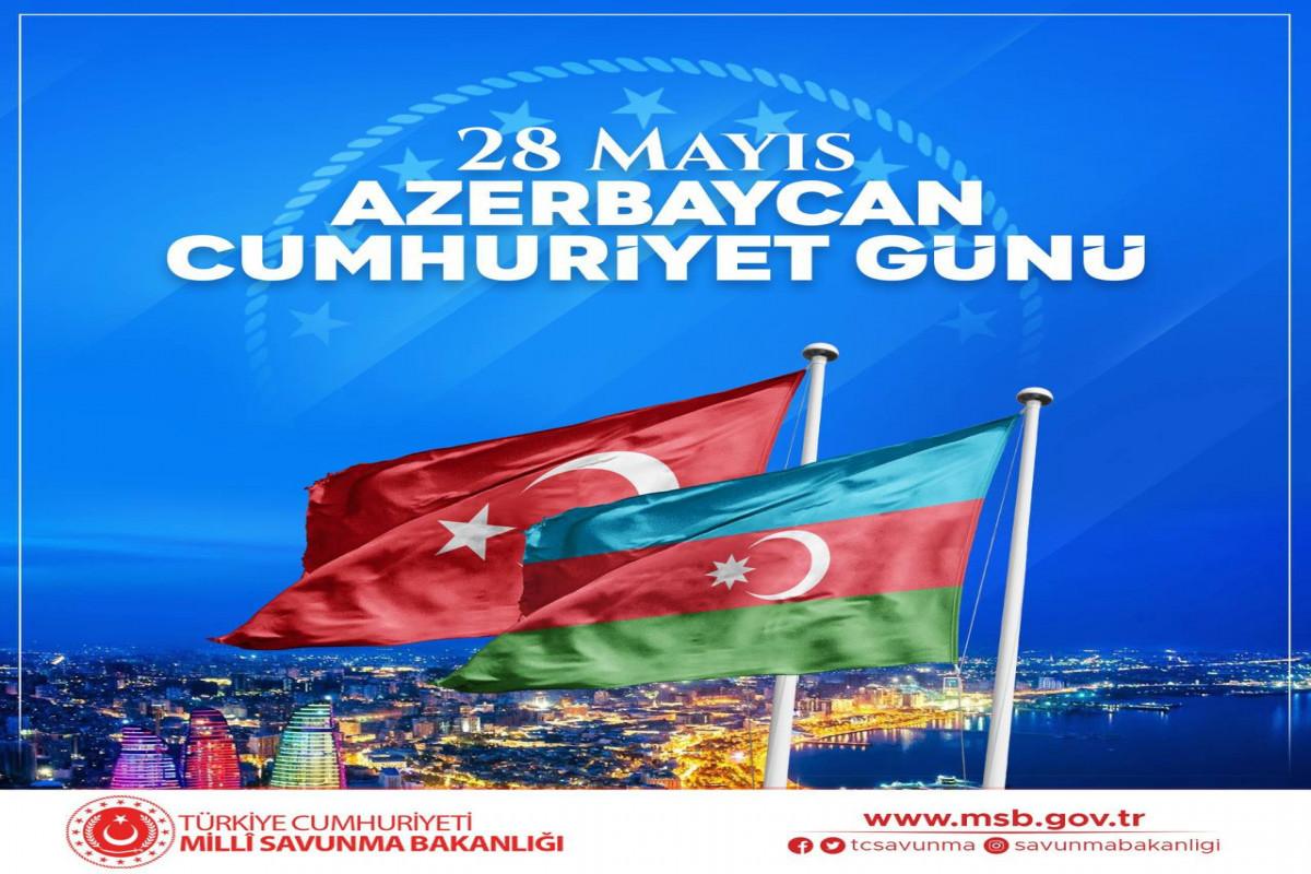 Turkish MoD congratulates Azerbaijani people on Republic Day