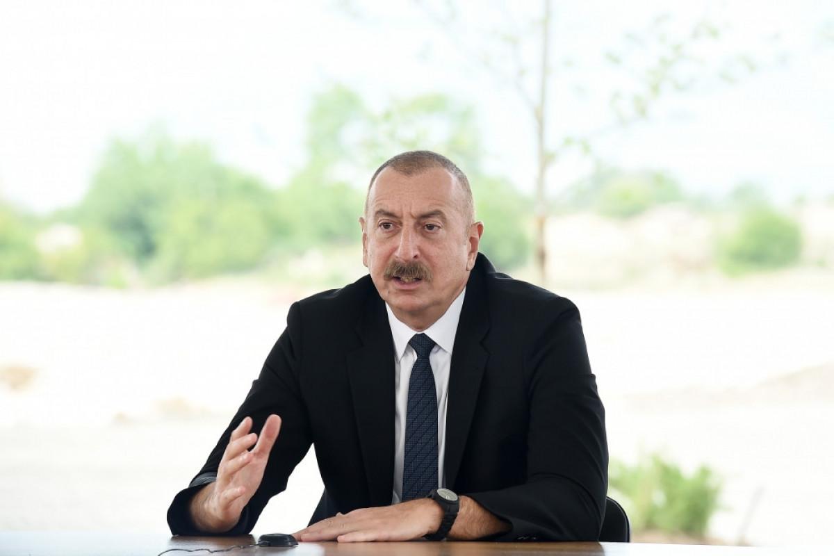 """Dövlət başçısı: """"Hər dəfə təmas xəttində olarkən deyirdim ki, biz mütləq qayıdacağıq"""""""