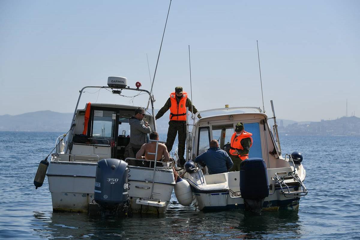 В СШАсемь человек погибли после падения небольшого самолета в озеро