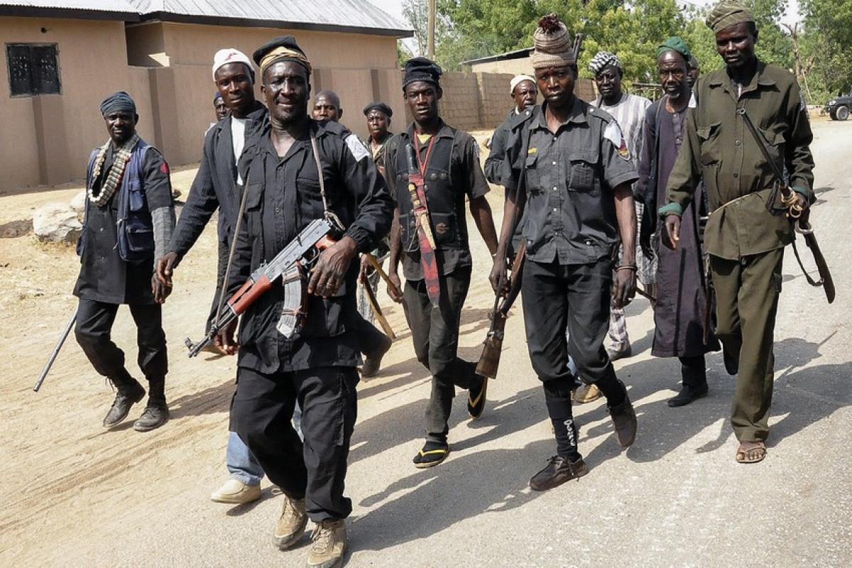 Nigeriyada silahlı şəxslər internat-məktəbdən 200 şagirdi qaçırıb