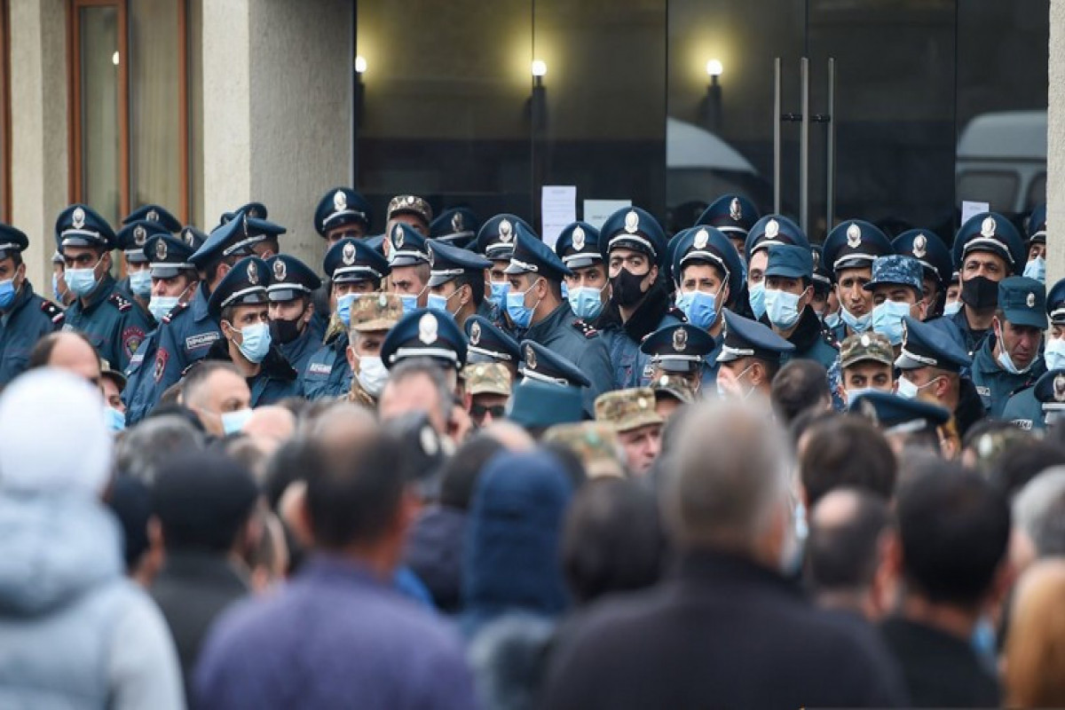 "Relatives of missing Armenian servicemen: ""More than 200 bodies secretly kept in refrigerator"""
