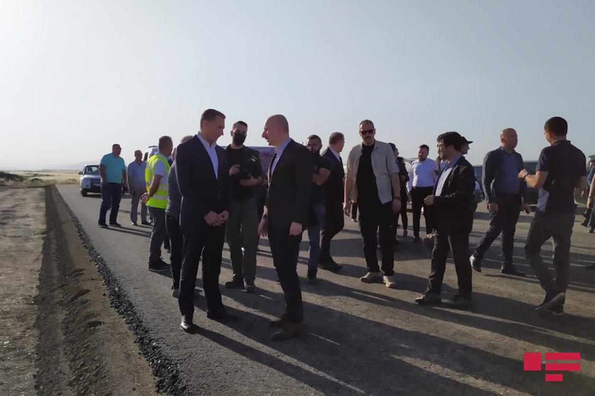 Türkiyə və Azərbaycan nazirləri Füzuli beynəlxalq hava limanının tikintisi ilə tanış olublar