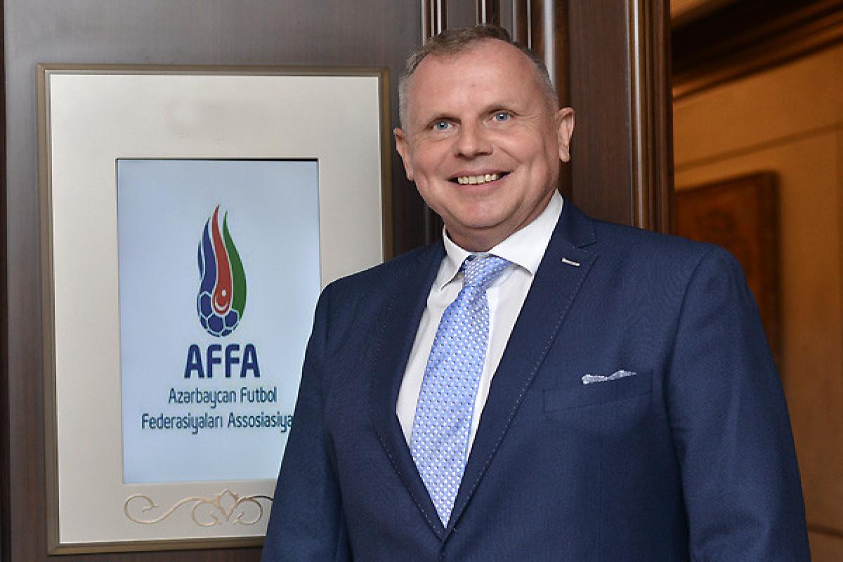 AFFA Hakimlər Komitəsinin sədriFrits Ştuxliklə müqaviləni artırıb
