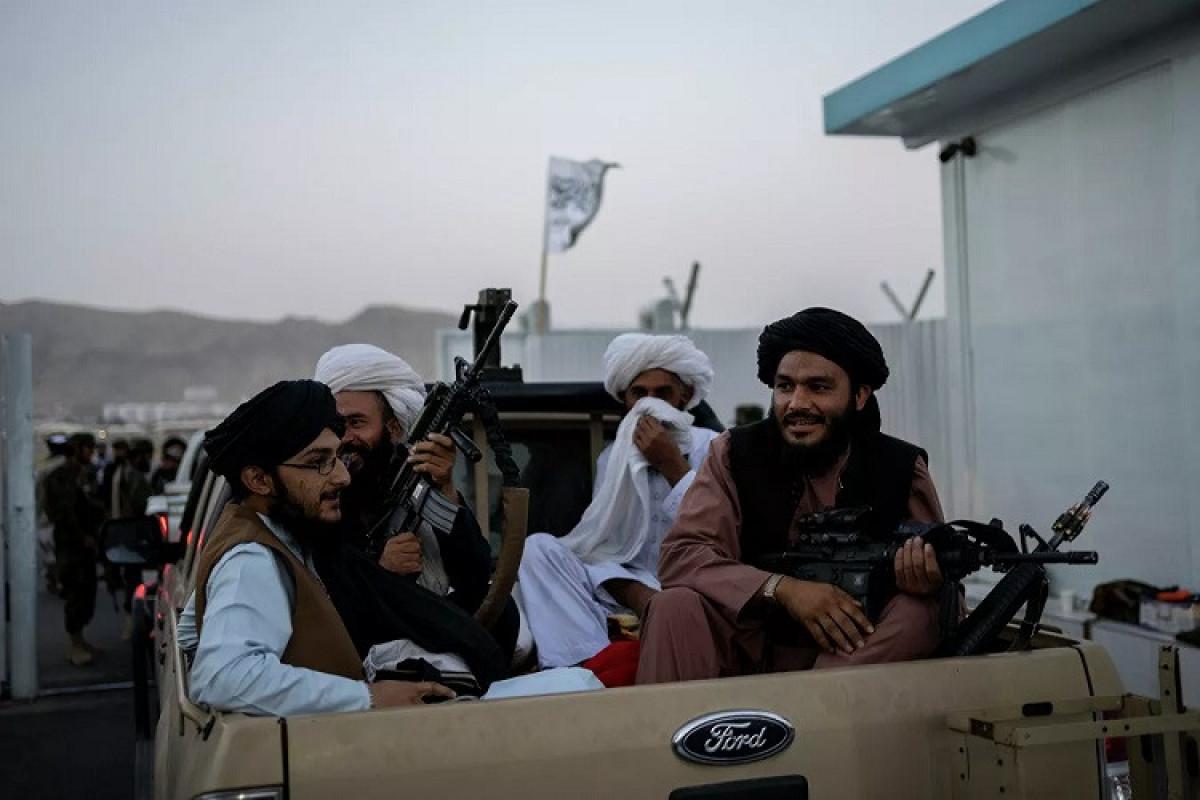 """""""Taliban"""" Tacikistanla sərhədə qoşun yerləşdirilməsi barədə xəbəri təkzib edib"""