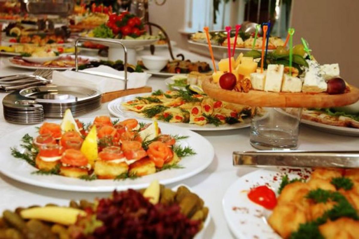 Оборот общественного питания в Баку вырос на 13%