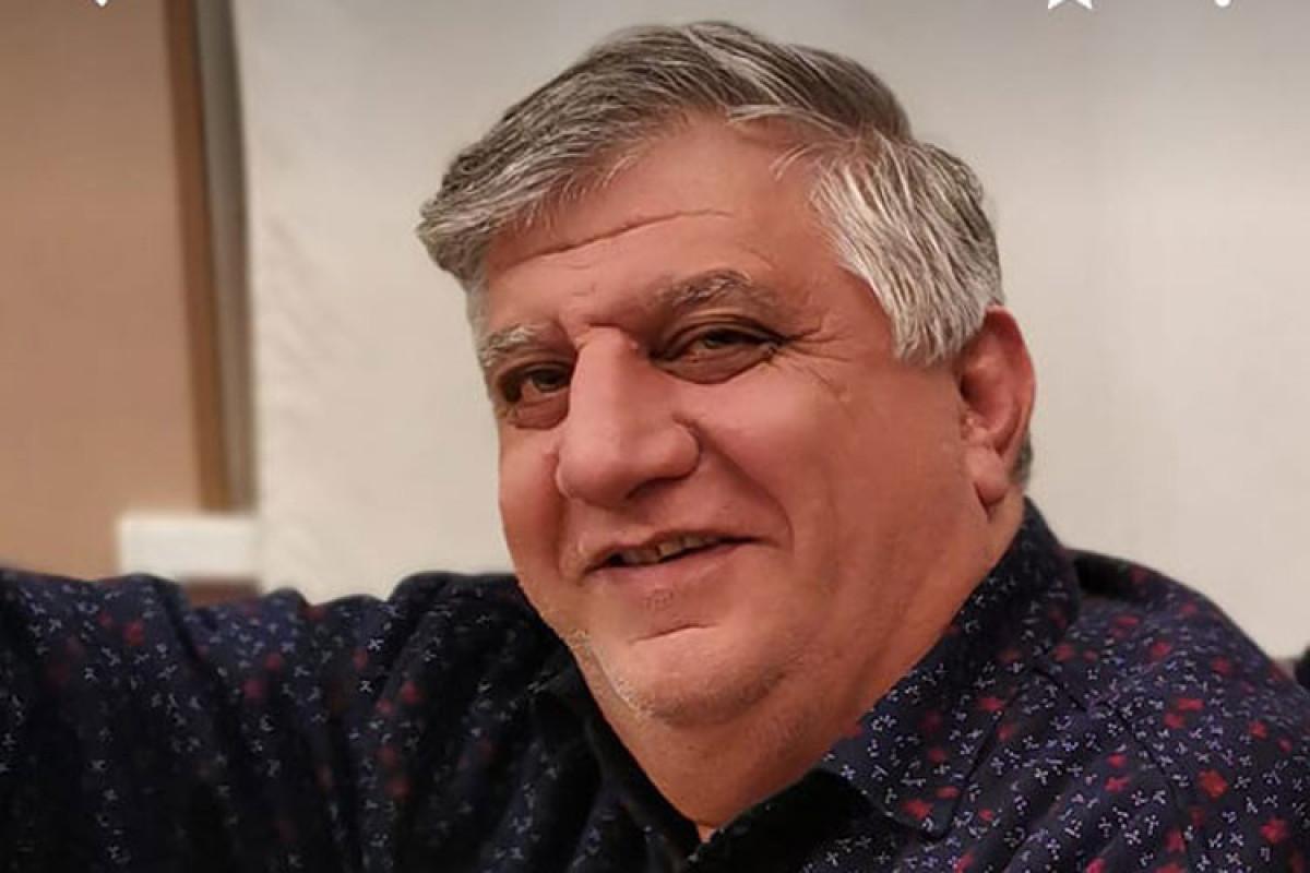 """İzahat Cəfərov, """"Qarabağ bülbülləri""""nin solisti"""