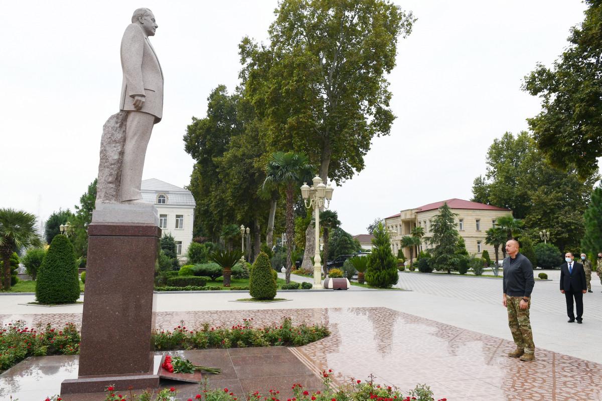 Prezident İlham Əliyev Bərdə rayonunda səfərdə olub