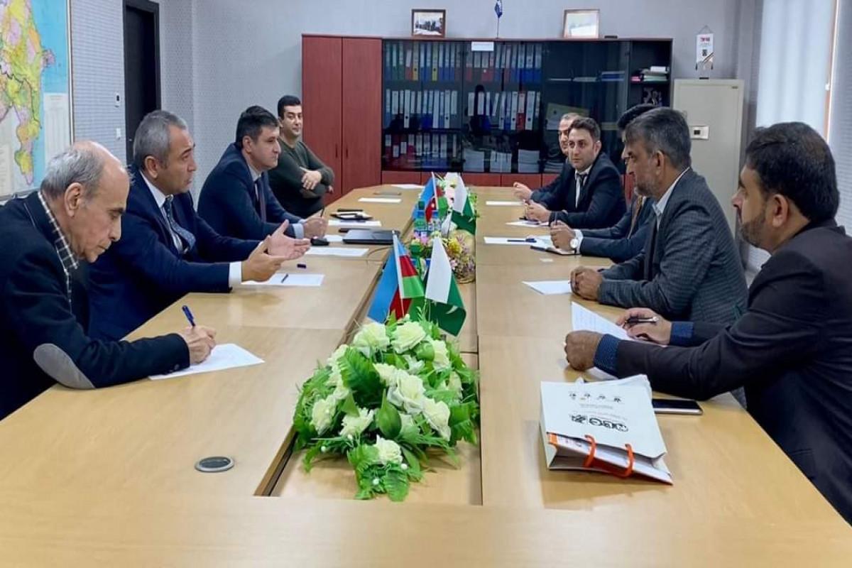 Pakistan Azərbaycan üzərindən Avropaya yükdaşımalara başlayıb - FOTO