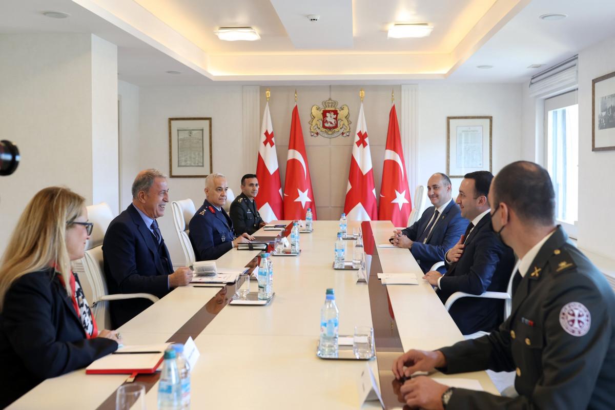 Hulusi Akar Gürcüstanda səfərdədir - FOTO