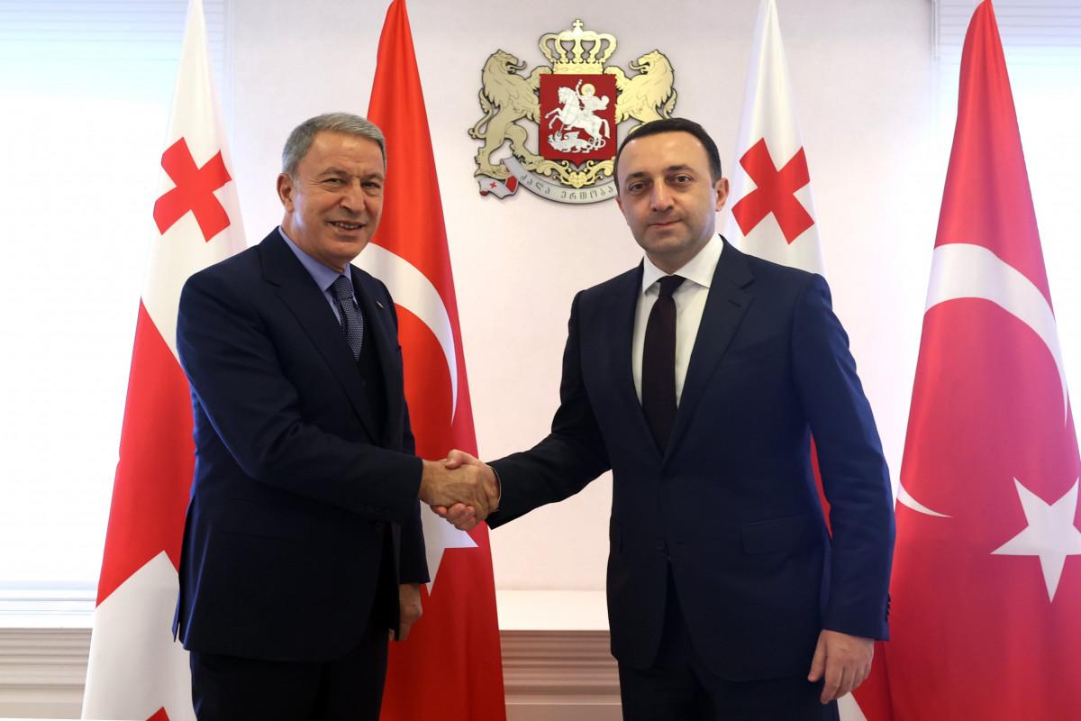 Hulusi Akar, İrakli Qaribaşvili