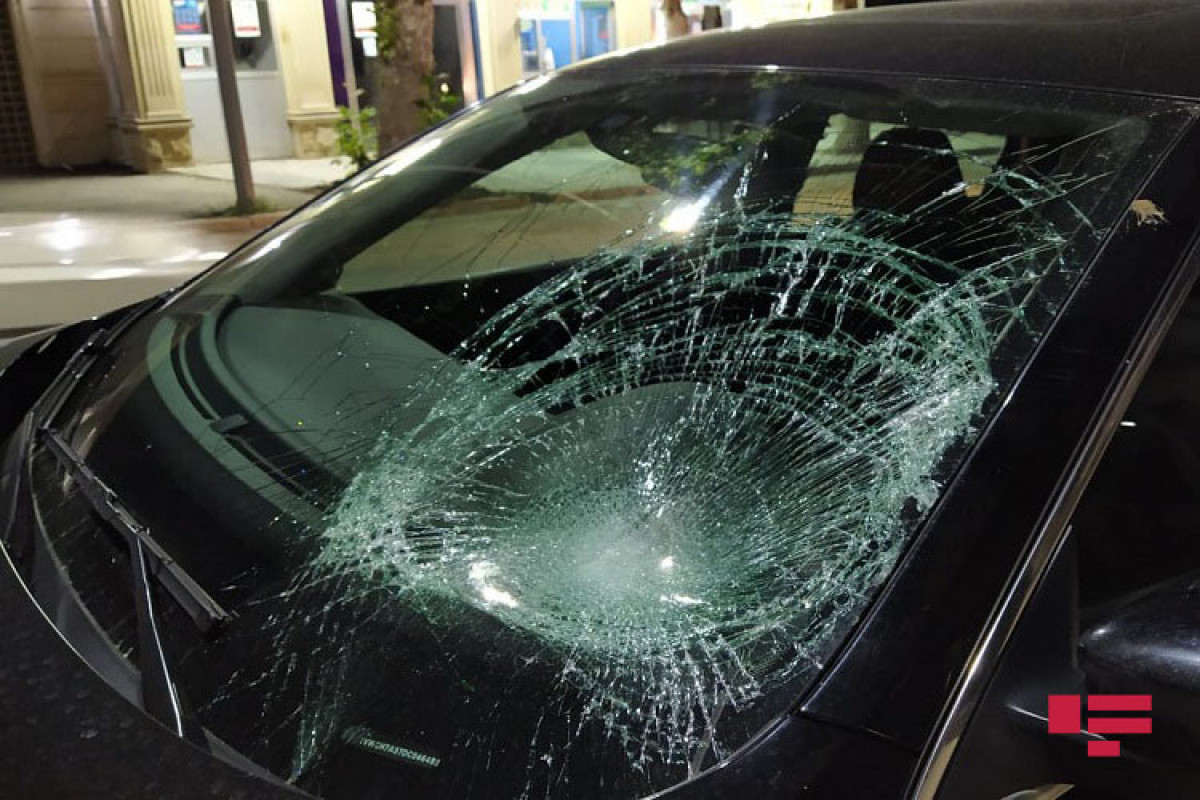 Şirvanda avtomobilin vurduğu piyada xəsarət alıb