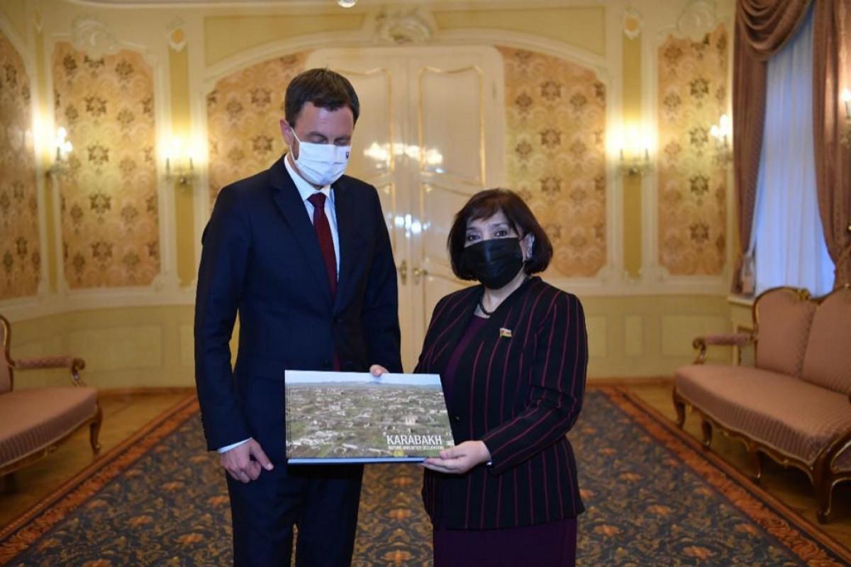 Sahibə Qafarova Slovakiyanın Baş naziri ilə görüşüb