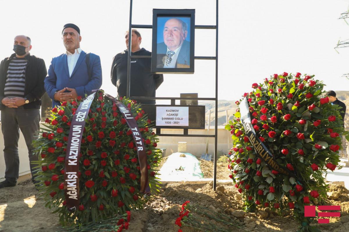Xalq artisti Ağakişi Kazımov dəfn edilib - FOTO  - YENİLƏNİB