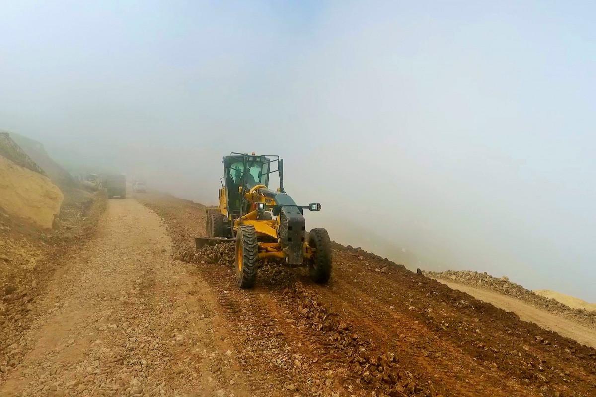 Susay-Xınalıq avtomobil yolunun tikintisi davam etdirilir - FOTO