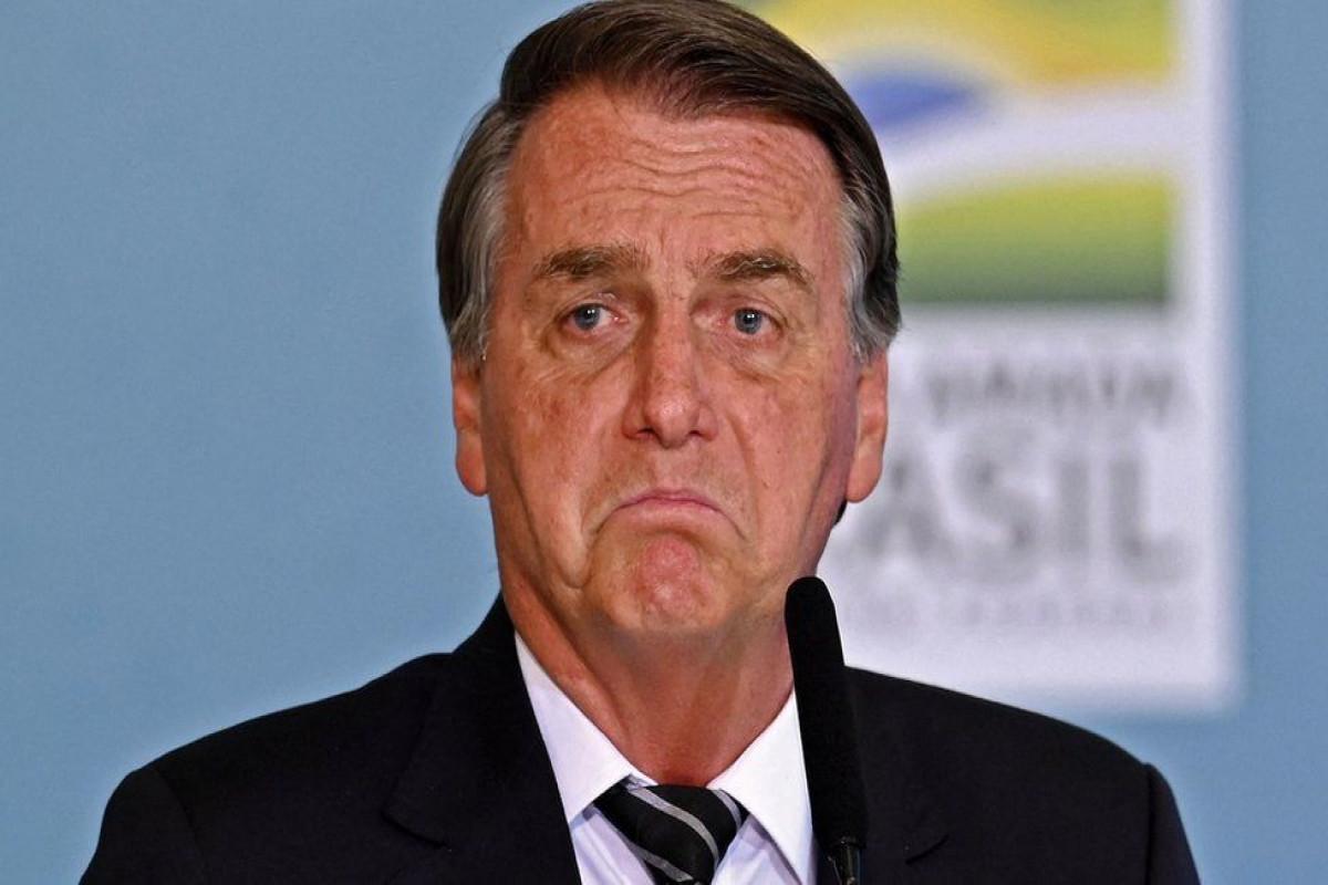 Braziliya prezidenti peyvənd olunmadığı üçün oyuna buraxılmayıb