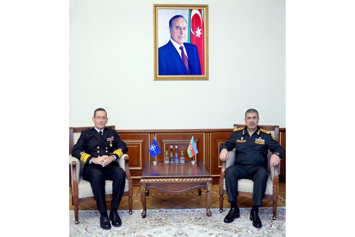 Zakir Həsənov NATO nümayəndəsi ilə görüşüb