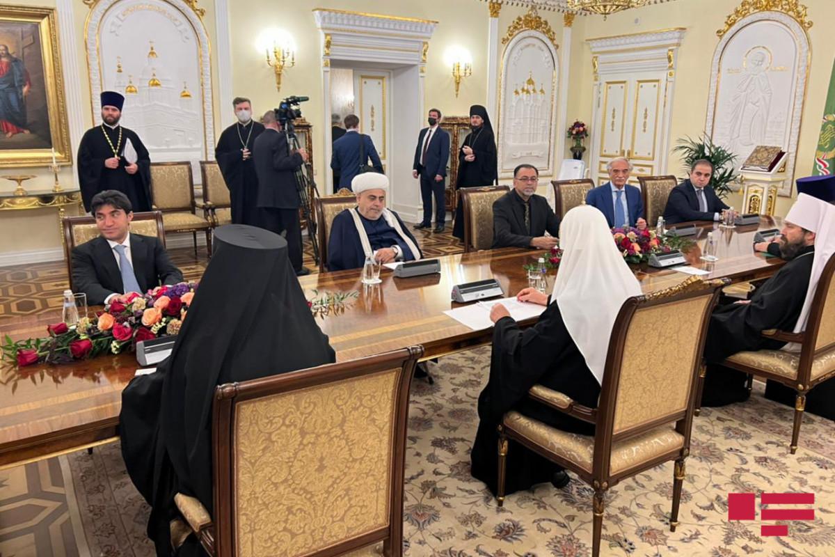 В Москве состоялась встреча шейхульислама Аллахшукюра Пашазаде с патриархом Кириллом