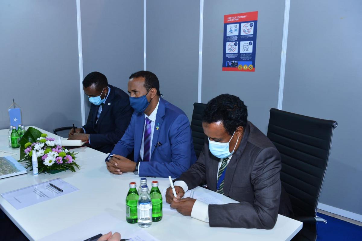 Ceyhun Bayramov Somalinin ticarət və sənaye naziri ilə görüşüb - FOTO