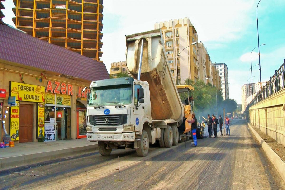 Bakının Alı Mustafayev küçəsinin bir hissəsi təmir edilir - FOTO
