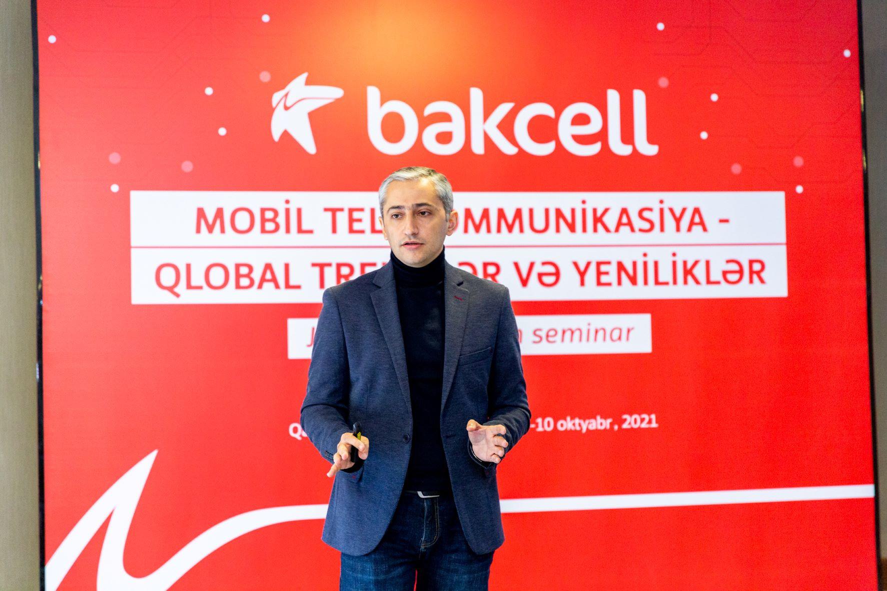 """""""Bakcell"""" jurnalistləri mobil telekommunikasiya sahəsinin son trend və yenilikləri ilə tanış edib - FOTO"""