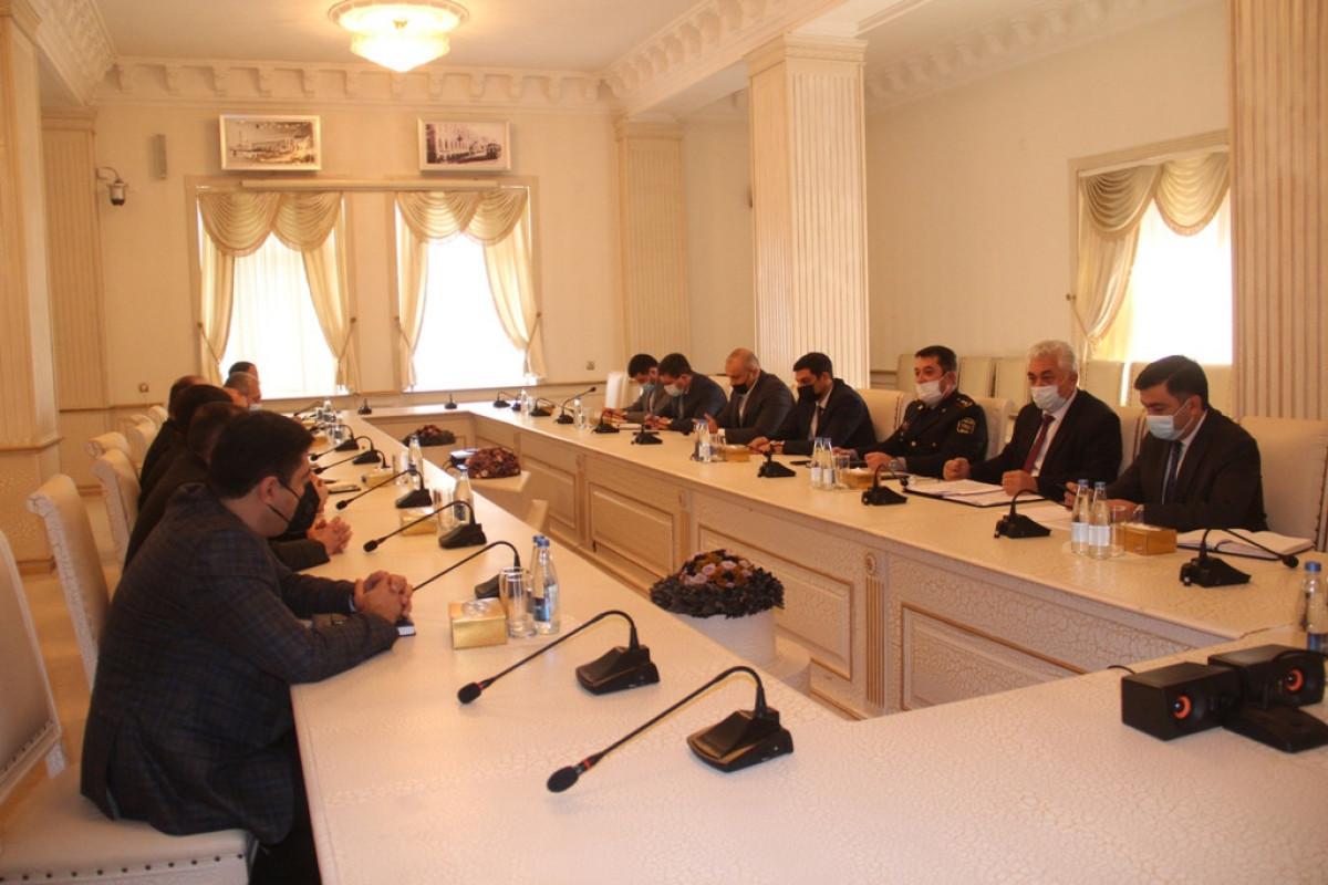Gəncə İH-də Dövlət Komissiyasının İşçi Qrupu üzvləri ilə görüş
