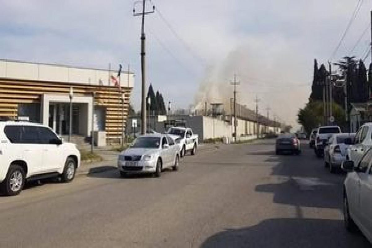 В Грузии при пожаре в тюрьме погибли 2 заключенных