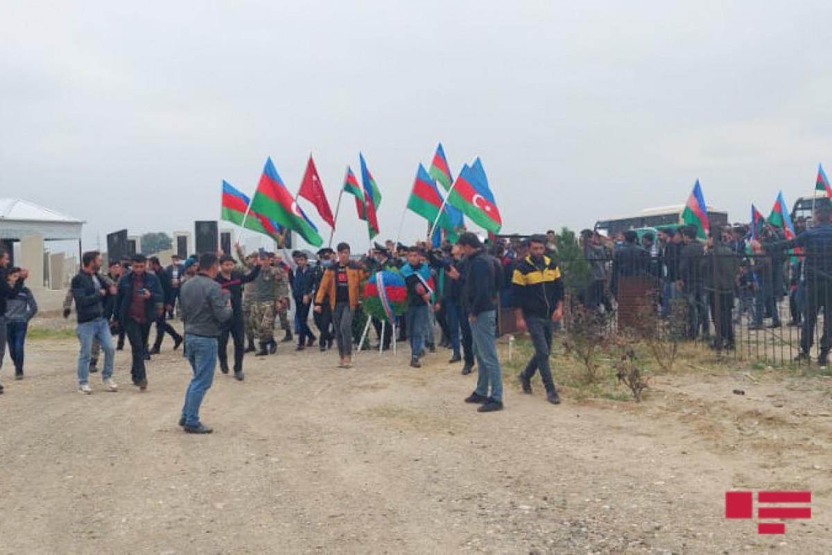 Похороны шехида Азербайджанской Армии Афгана Хамзаева