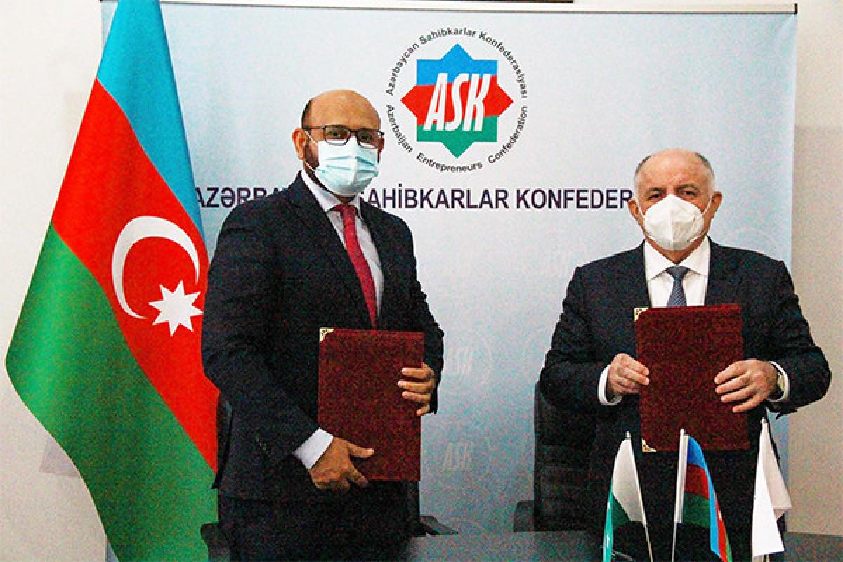 Pakistanla Azərbaycan arasında 20 adda məhsulun imtiyazlı ixrac-idxalı ilə bağlı sənəd hazırlanır
