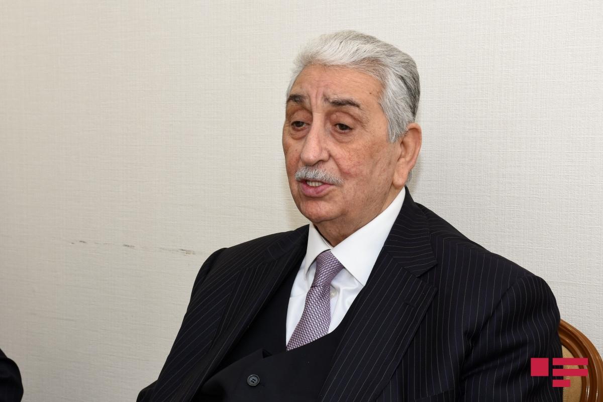 Xalq artisti Arif Babayev  -