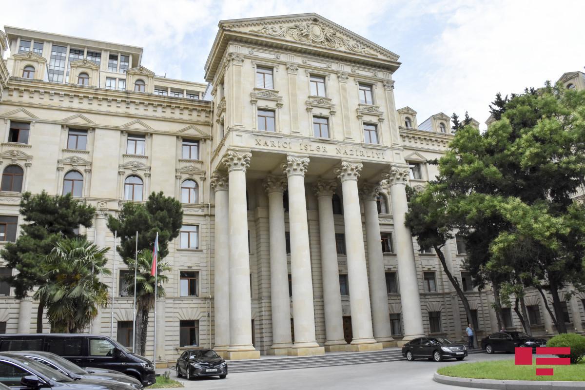 Azerbaijani FM received French delegation