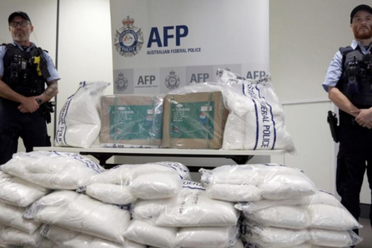 Australian police seize record $104 mln heroin shipment