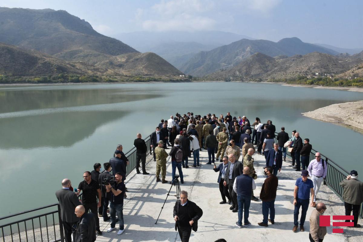 Diplomatik korpus nümayəndələri Suqovuşan su anbarında