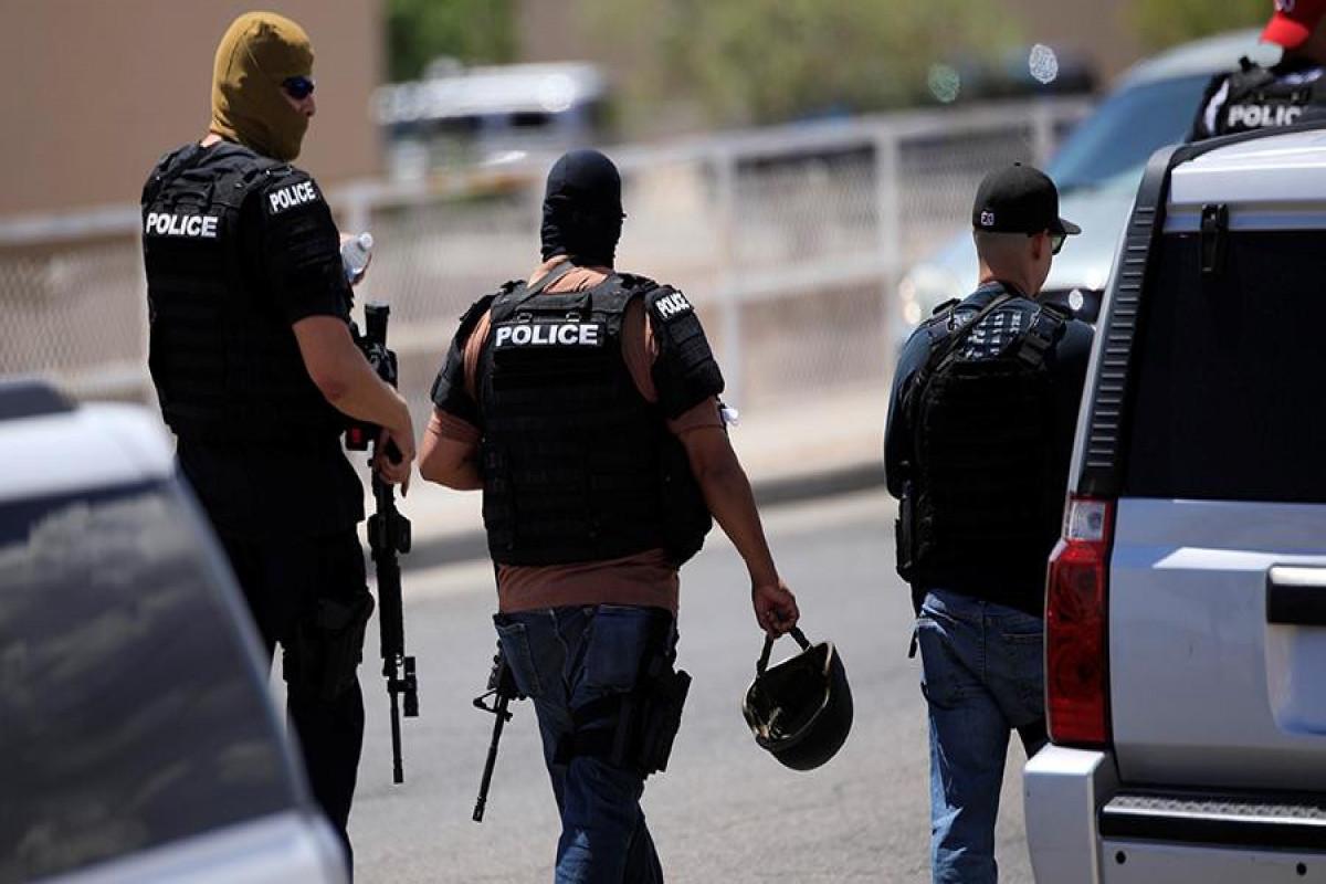 ABŞ-da silahlı insident zamanı 1 polis əməkdaşı ölüb, 2-si yaralanıb