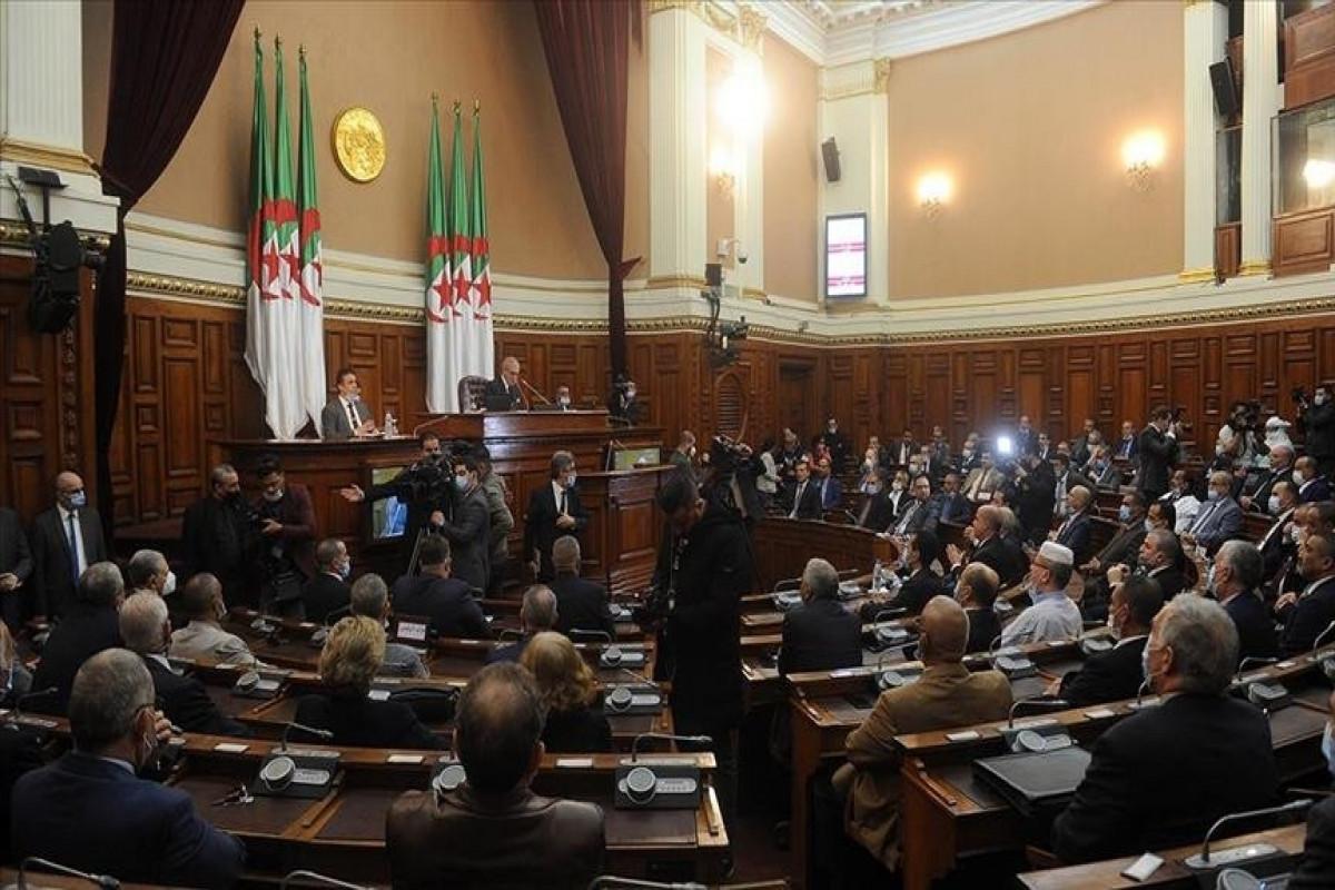 Algerian parliament marks anniversary of 1961 Paris massacre